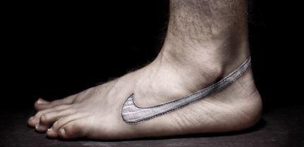 Nike pied nus